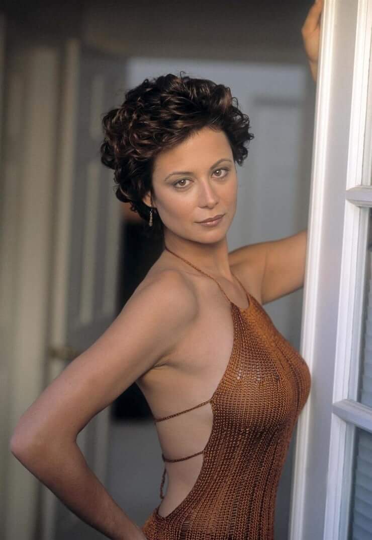 Catherine Bell hot side pics