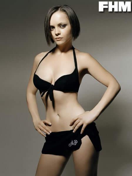Christina Ricci sexy bikini pics (2)