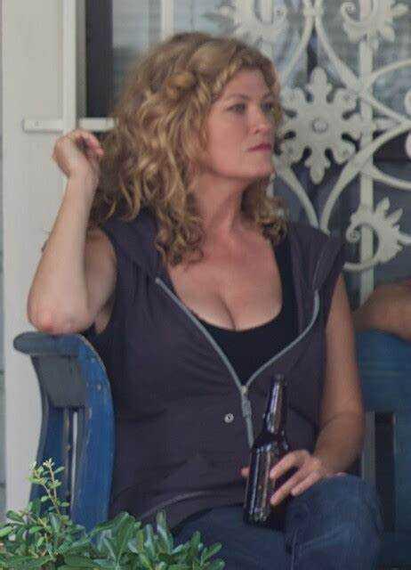 Dana Wheeler-Nicholson  nackt