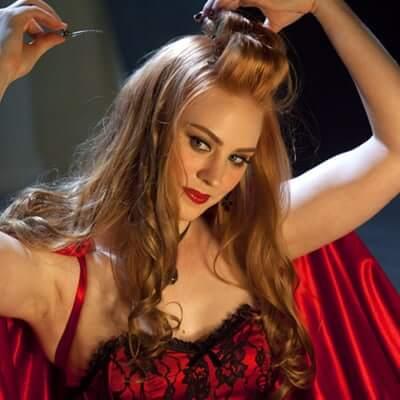 Deborah Ann Woll cleavage
