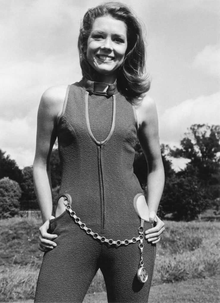 Diana Rigg hot (2)