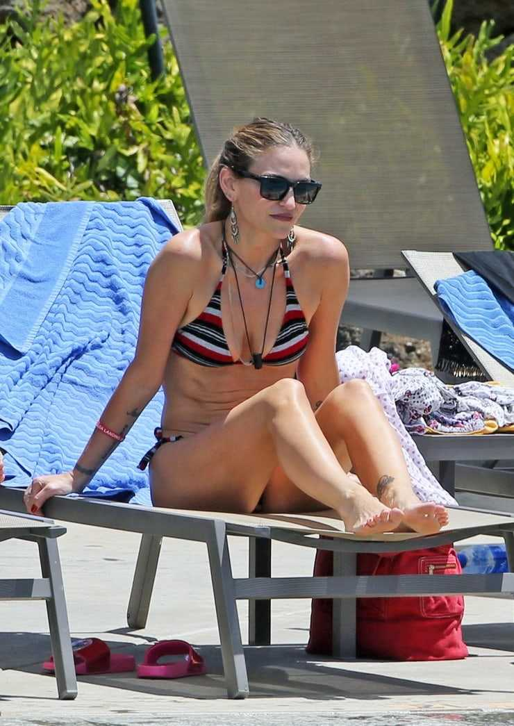 Drea de Matteo sexy bikini
