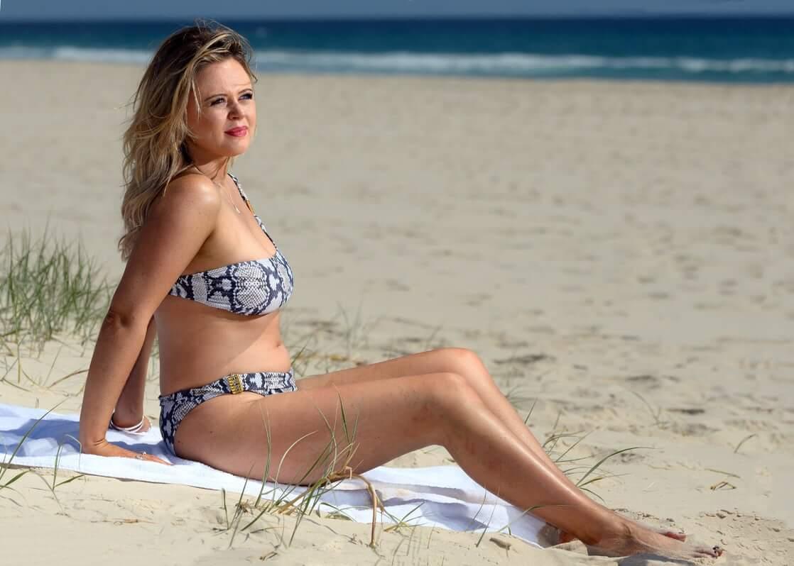 Emily Atacksexy bikini pics