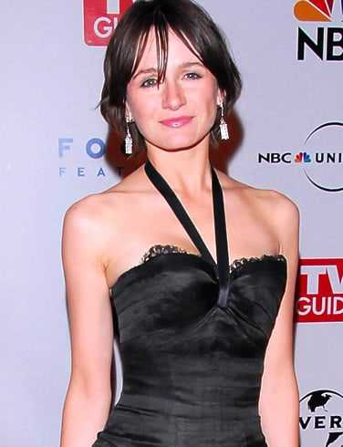 Emily Mortimer sexy look