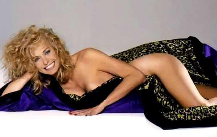 Farrah Fawcett hot nude pics