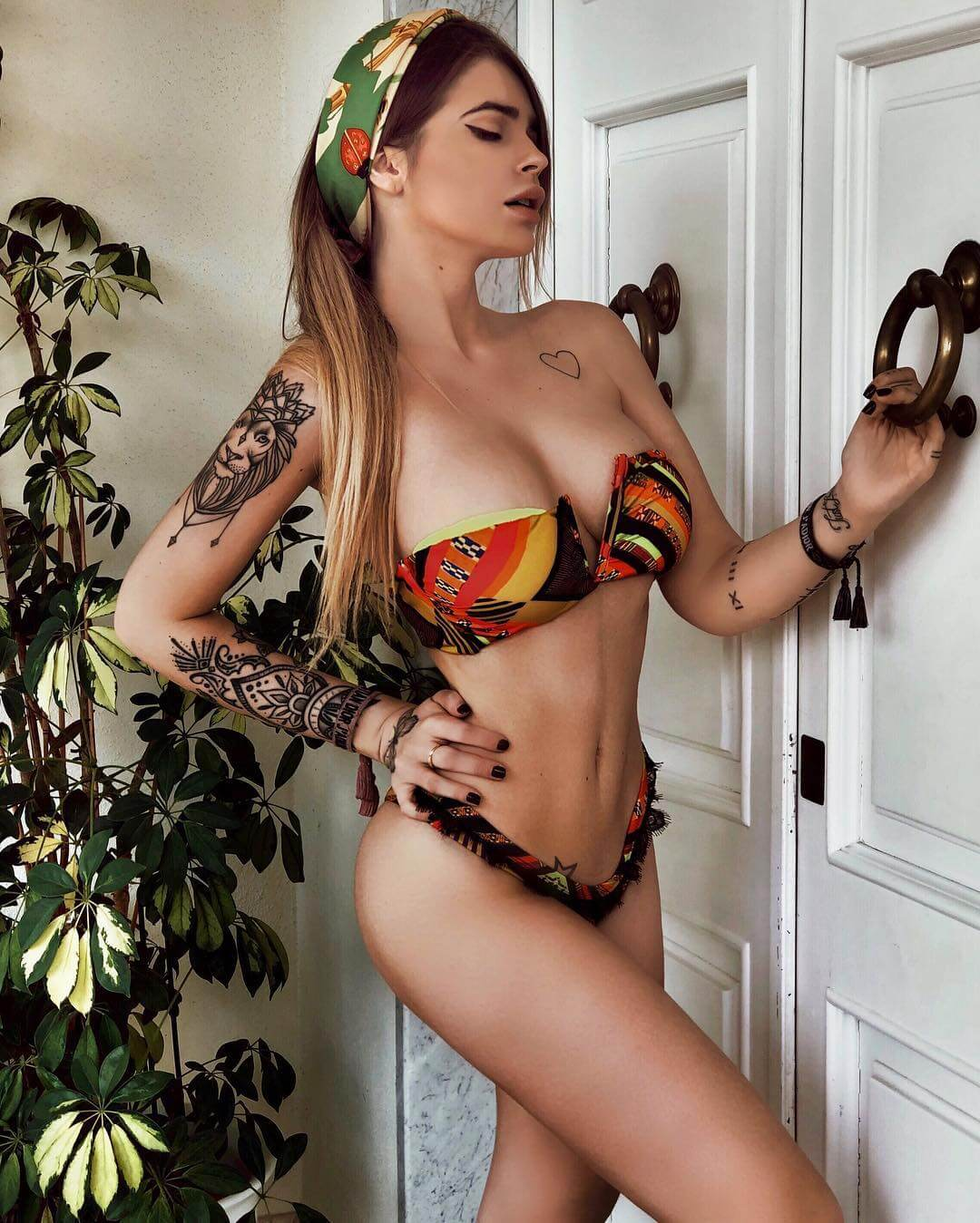 Ginevra Lambruschi hot boobs pics