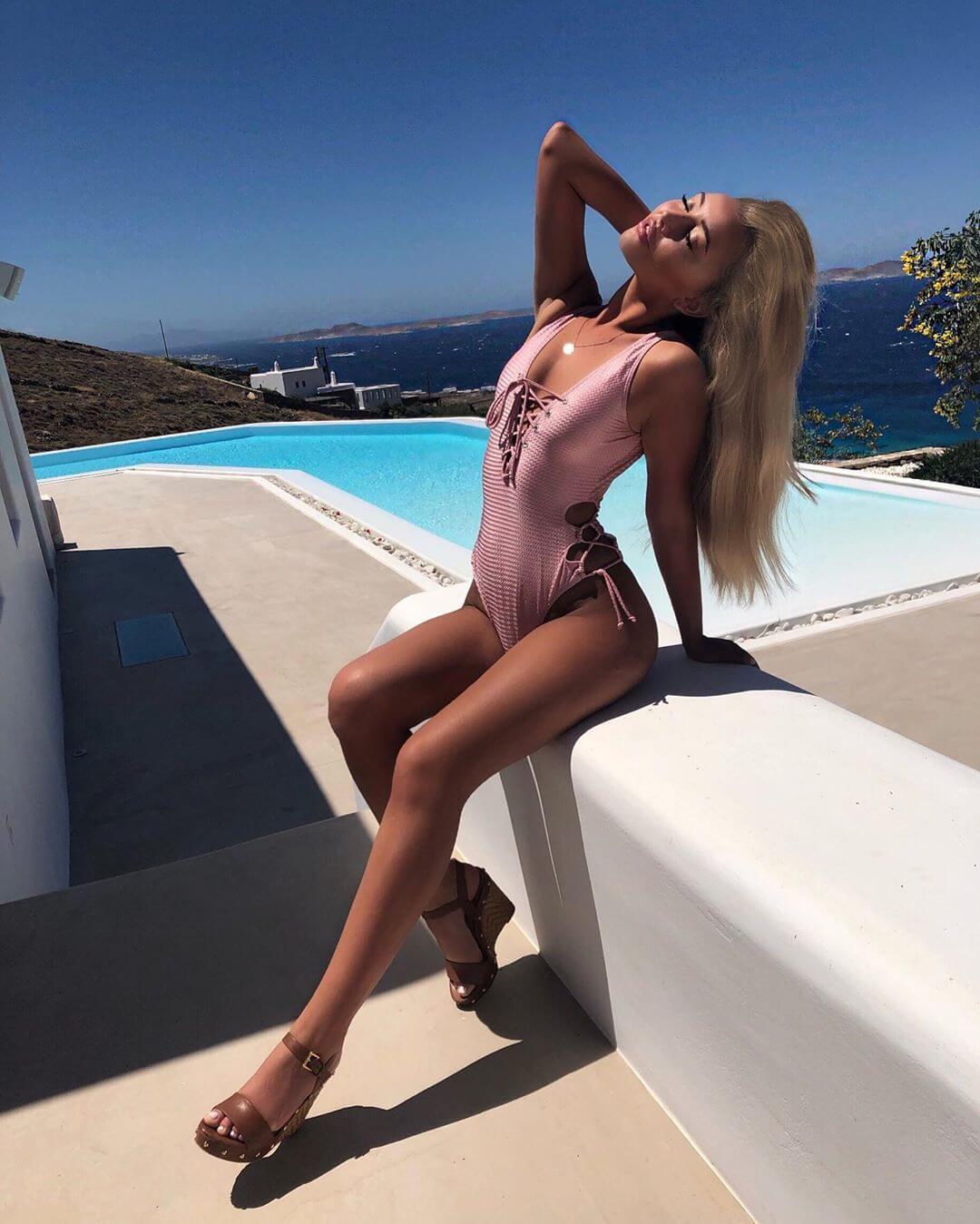 Harley Brash hot lingerie pics