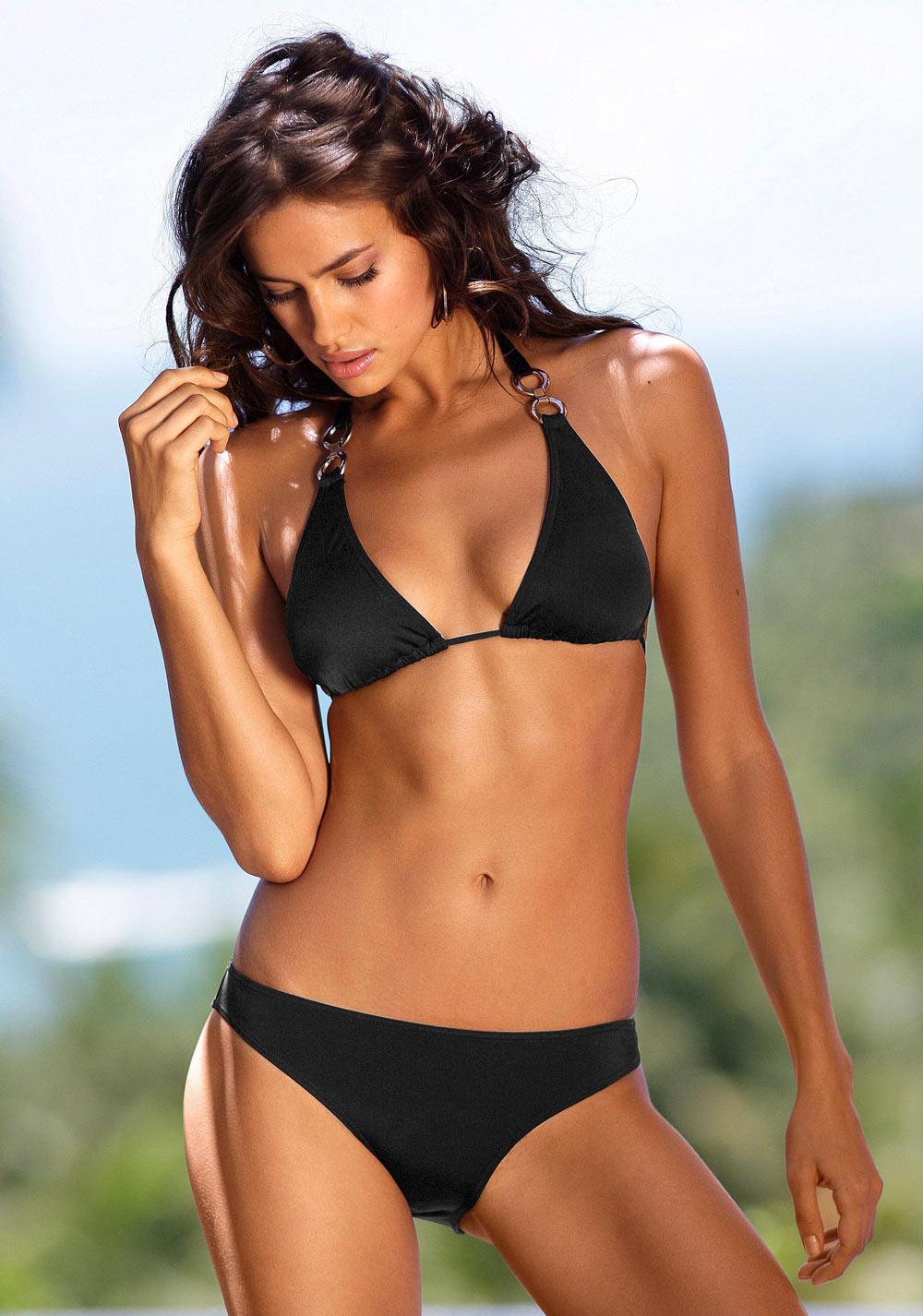 Irina Shayk sexy bikini pics