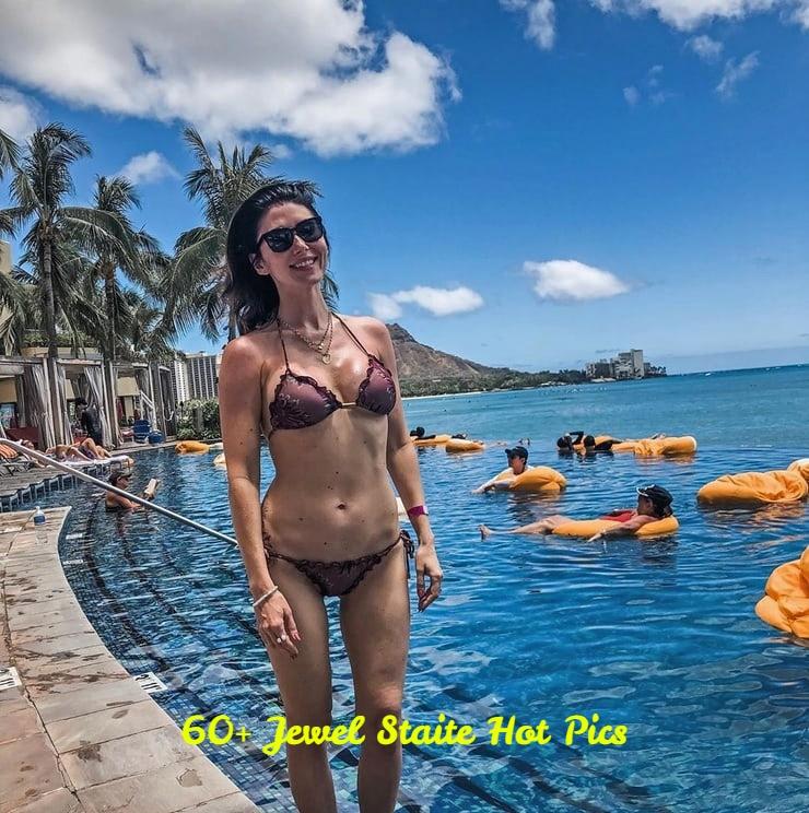 Jewel Staite hot pics