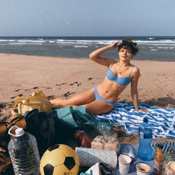 Joey King bikini