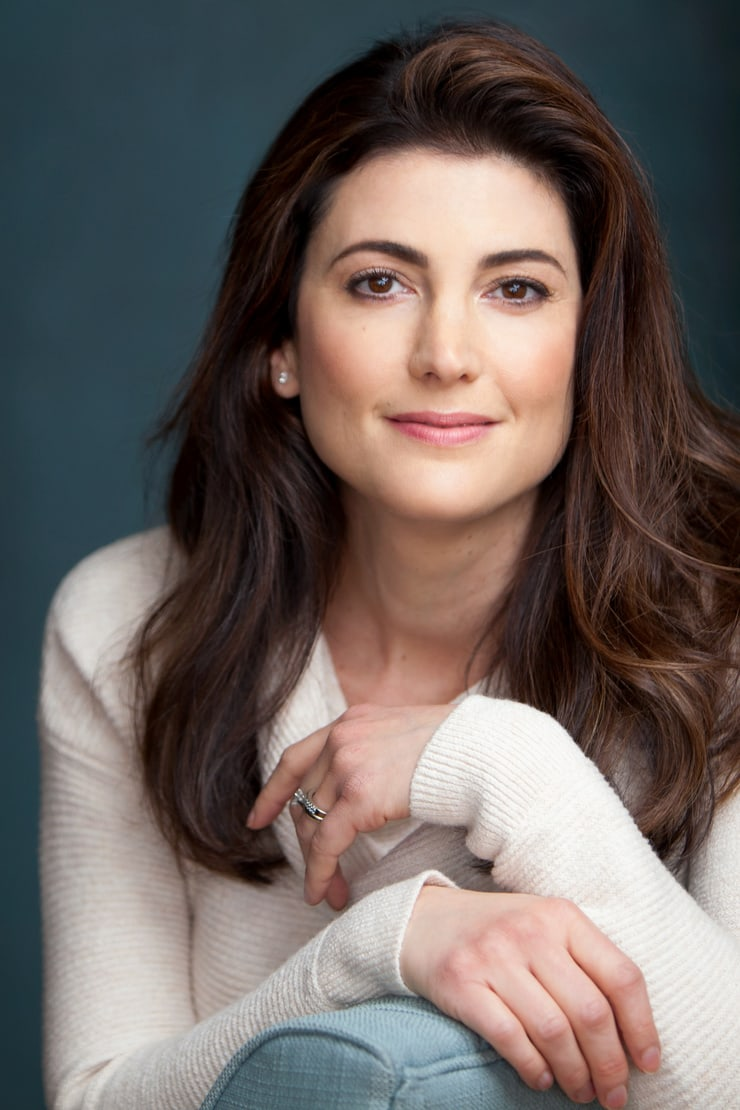 Julia Benson smile