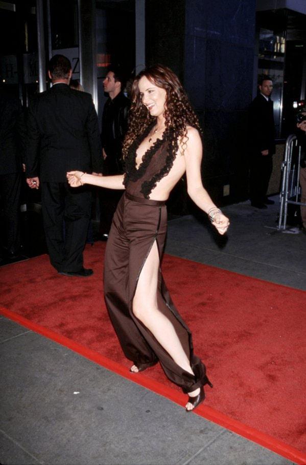 Juliette Lewis bare feet