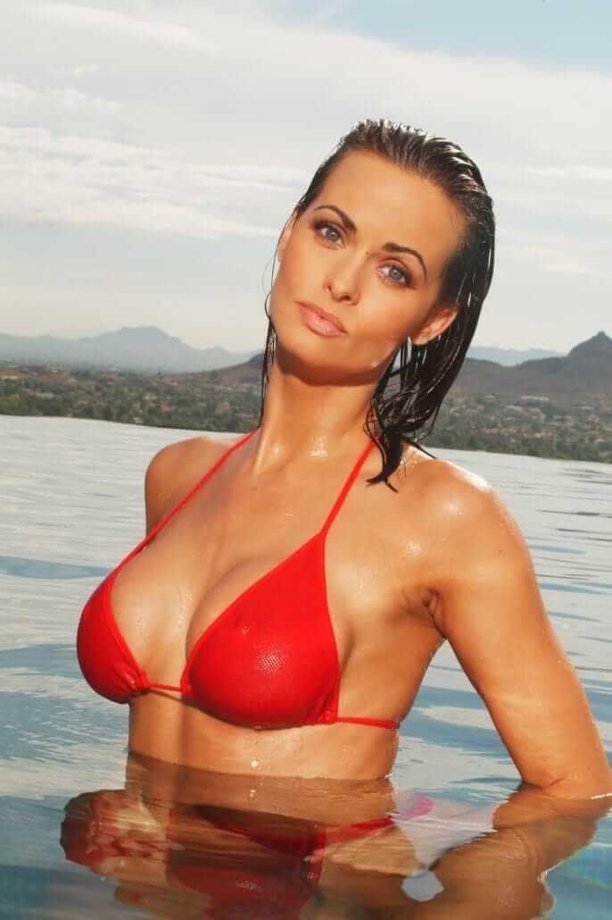 Karen McDouga boobs cleavage