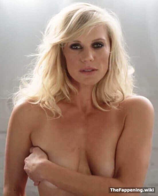 Katee-Sackhoff-hot-lady-photo
