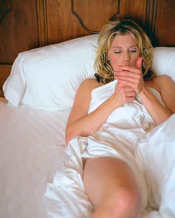 Katee-Sackhoff-hot-near-nude
