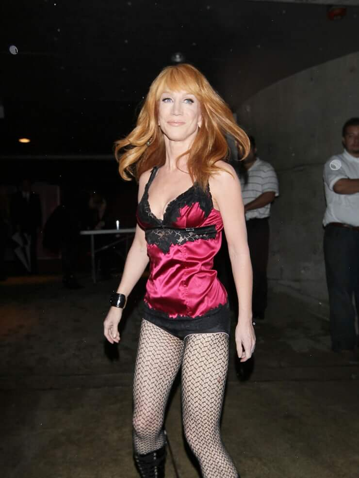 Kathy Griffin sexy cleavage pics