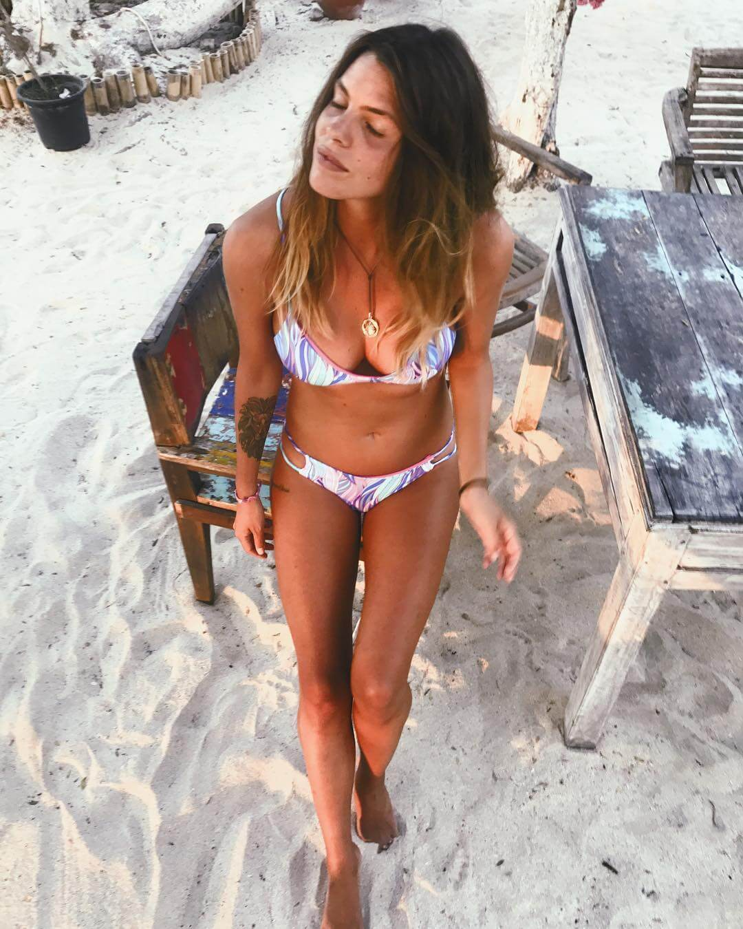 Laura Matamoros sexy lingerie pics (2)