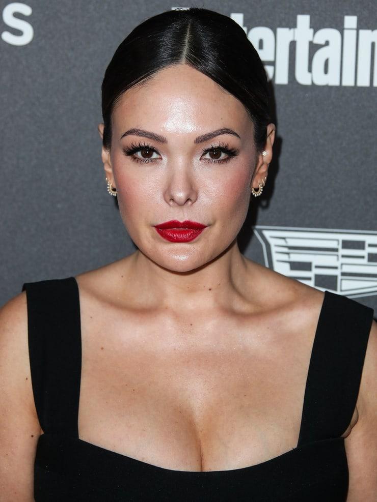 Lindsay Price boobs