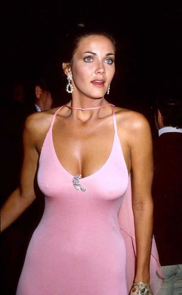 Lynda Carter sexy boobs pics