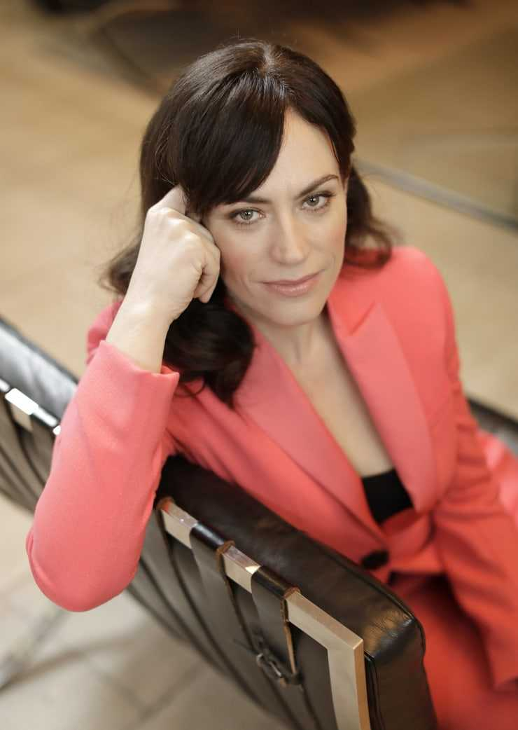 Maggie Siff sexy pictures (1)