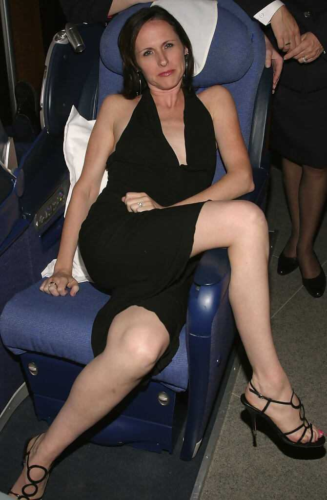 Molly-Shannon-awesome-feet