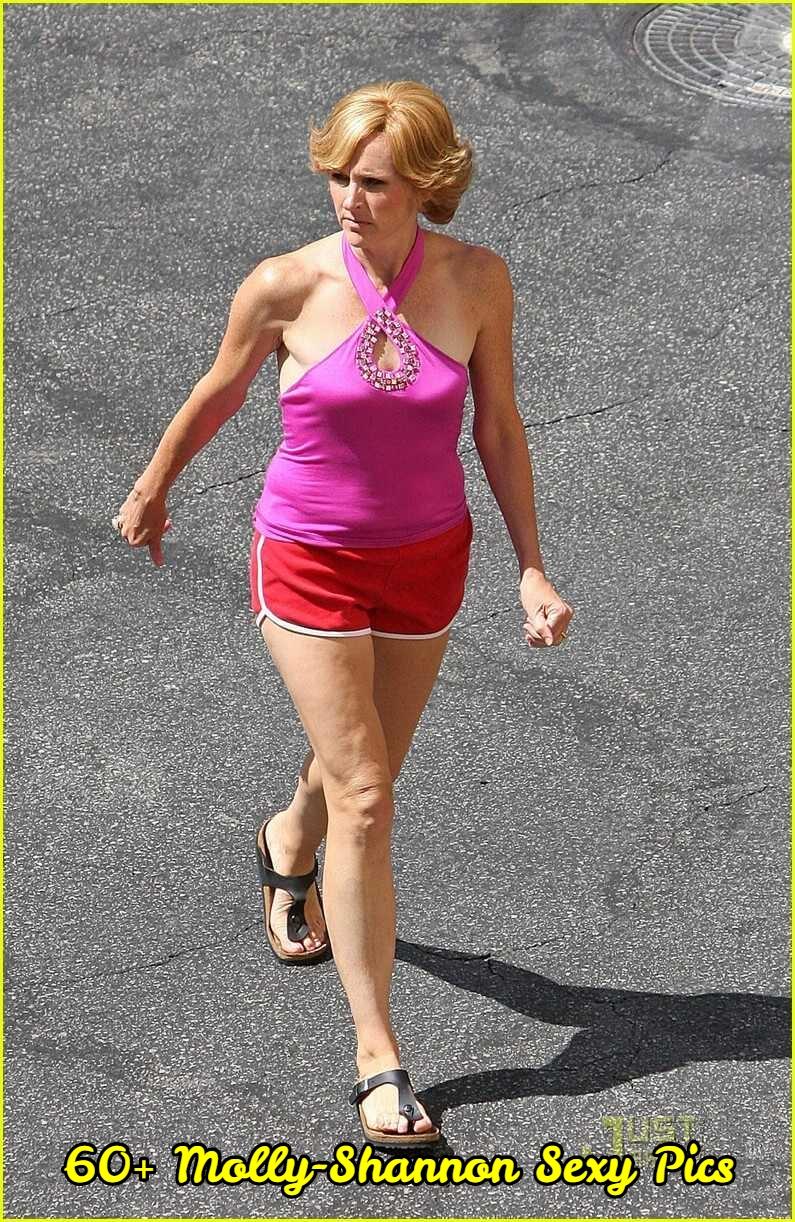 Molly-Shannon-legs-hot-2