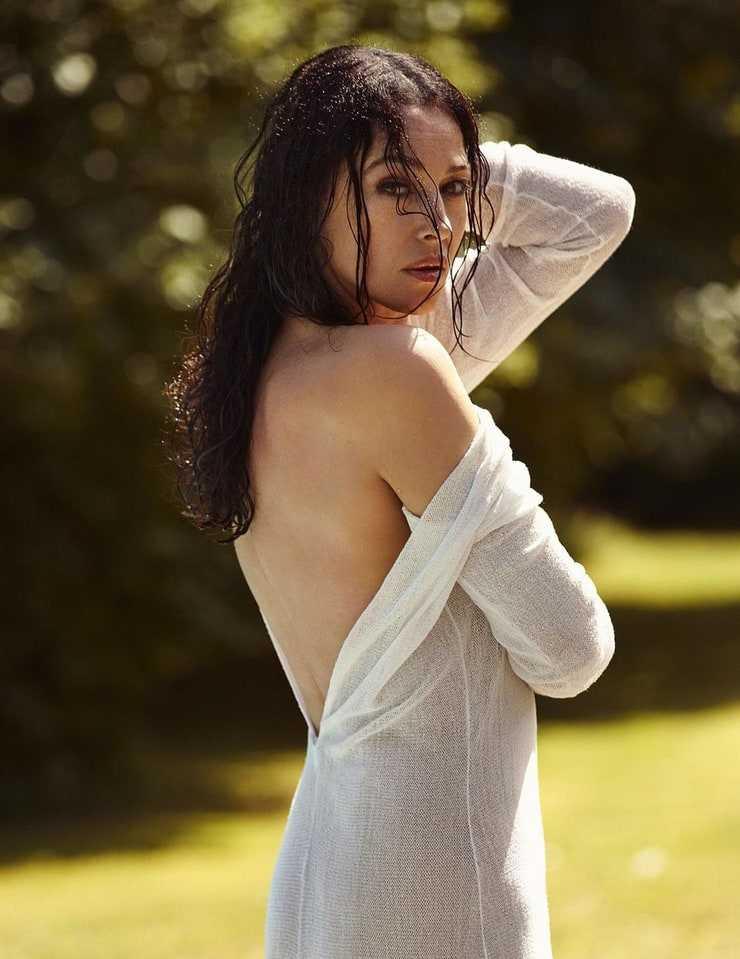 Monica Bellucci booty hot (2)