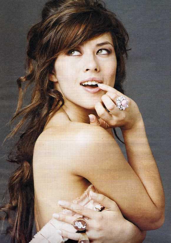 Mylène Jampanoï hot