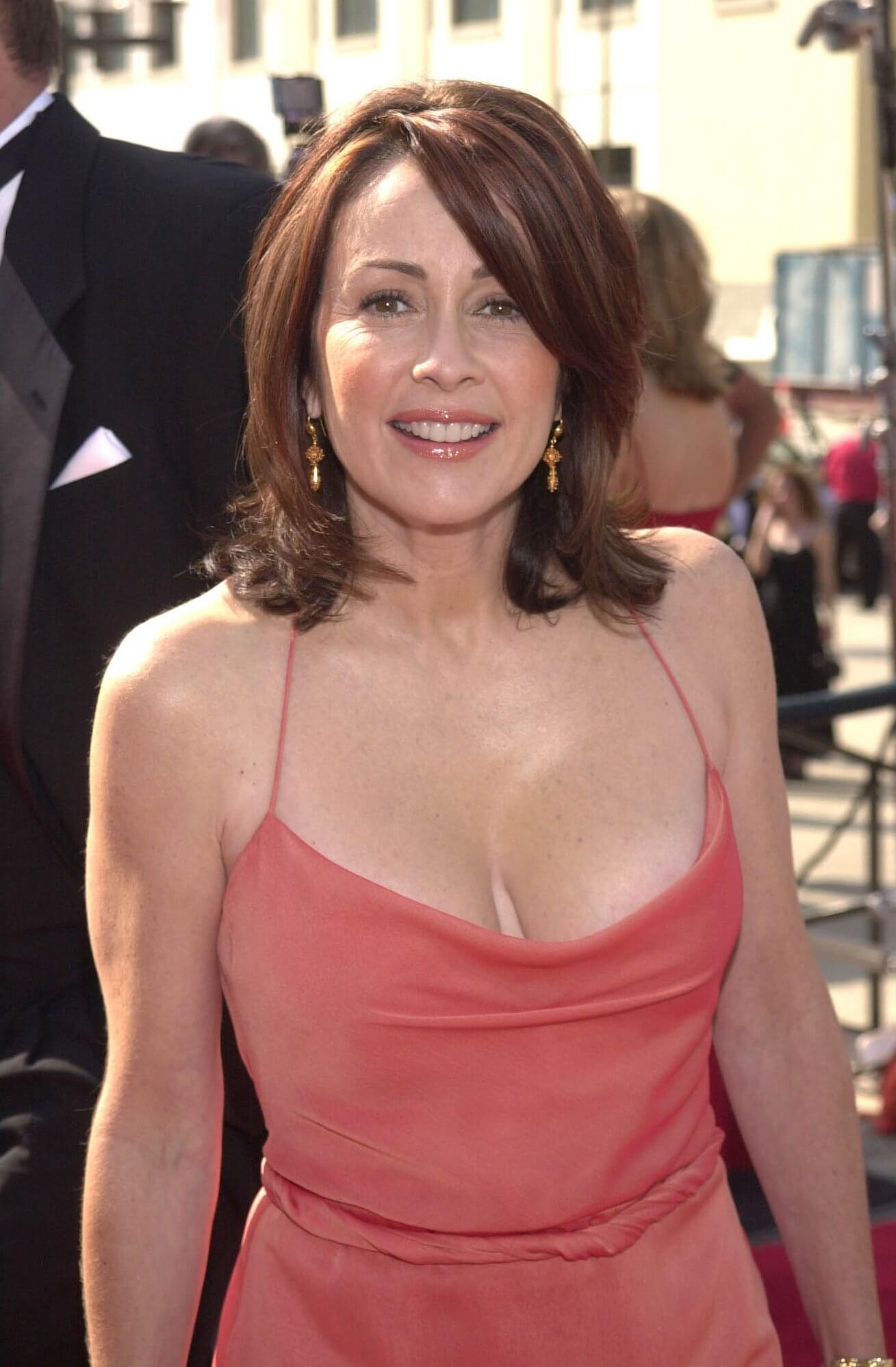 Patricia Heaton boobs