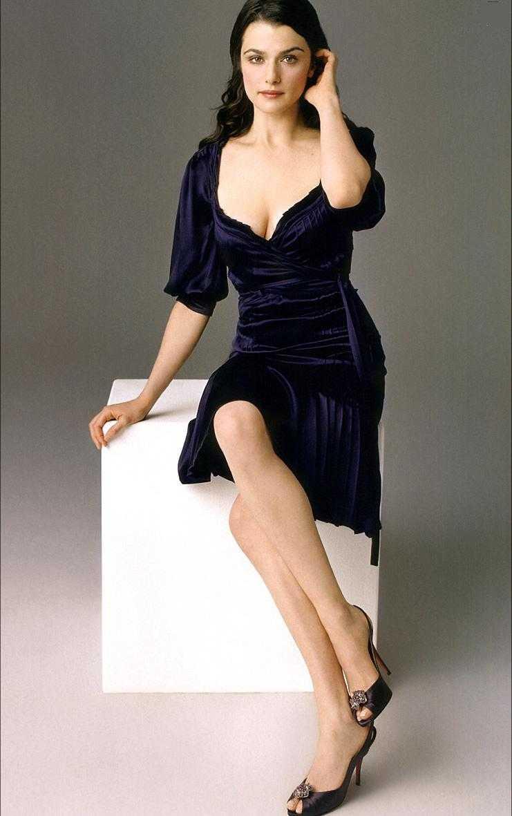 Rachel Weisz adorable