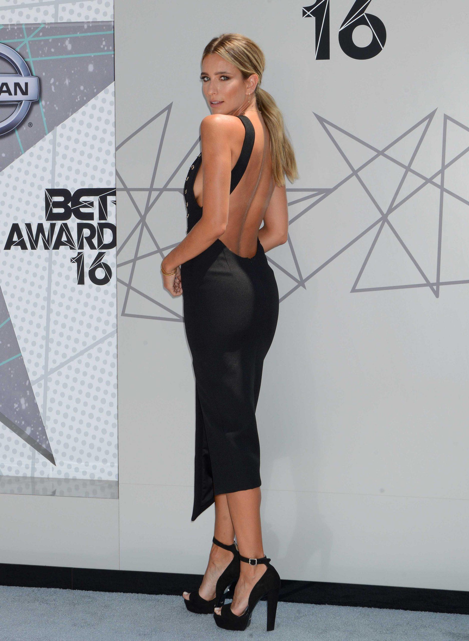 Nackt  Renee Bargh Celebrities