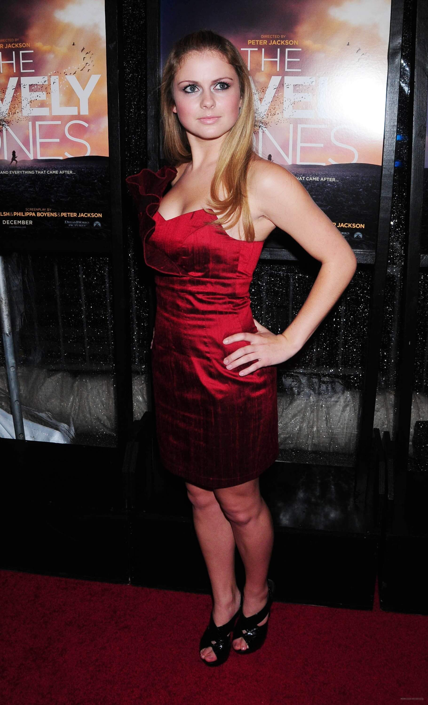 Rose McIver side boobs