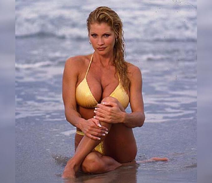 Sable hot bikini pics