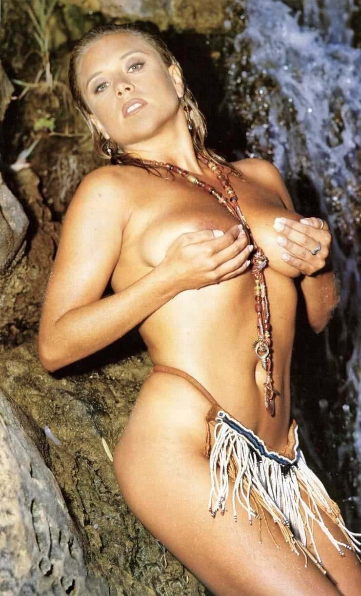 Samantha Fox nude picture