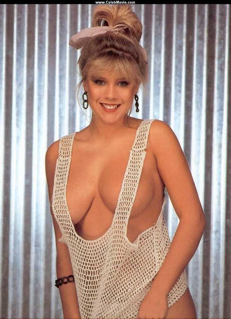 Samantha Fox sexy boobs pics