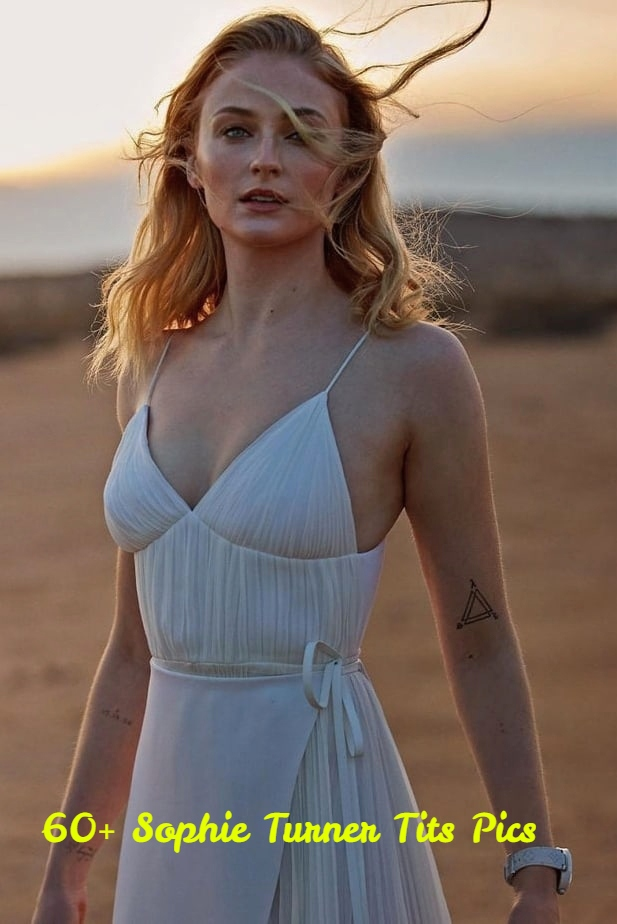 Sophie Turner boobs pics