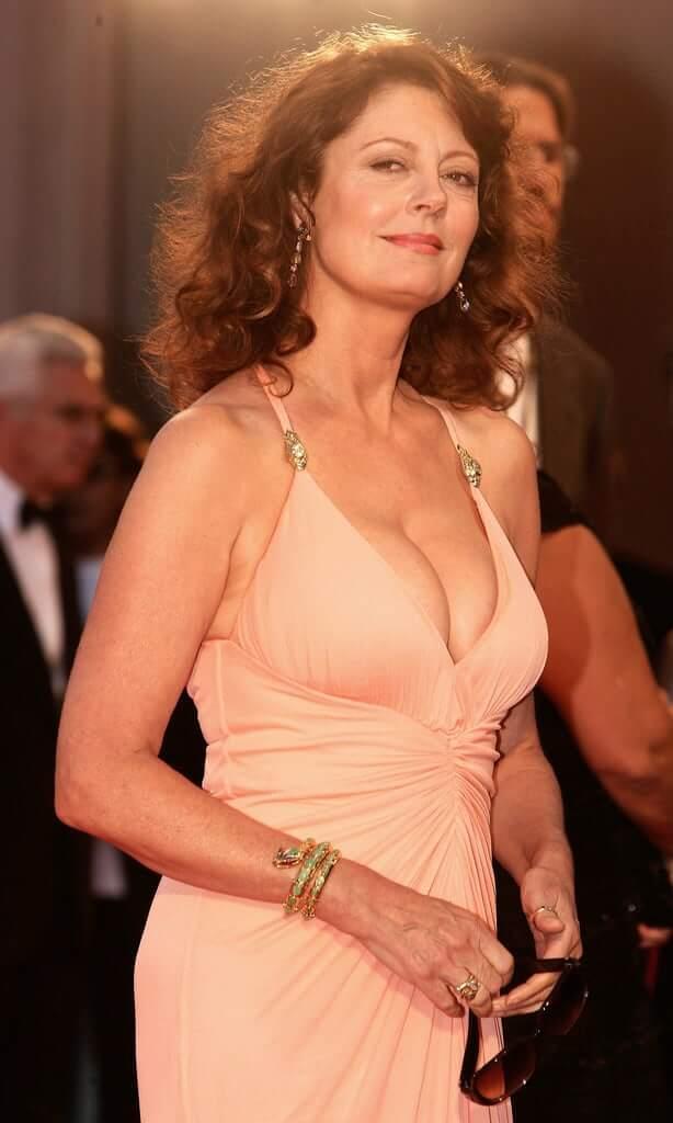 Susan Sarandon hot boobs picture