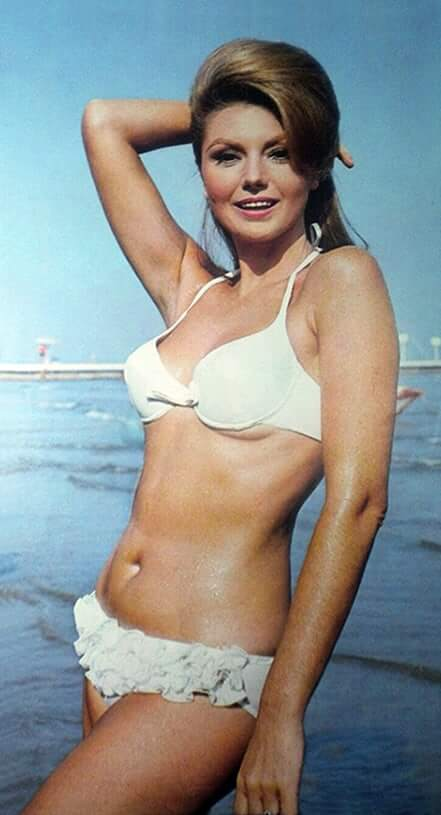 Sylva Koscina bikini