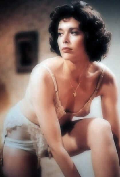 Sylvia Kristel cleavage'