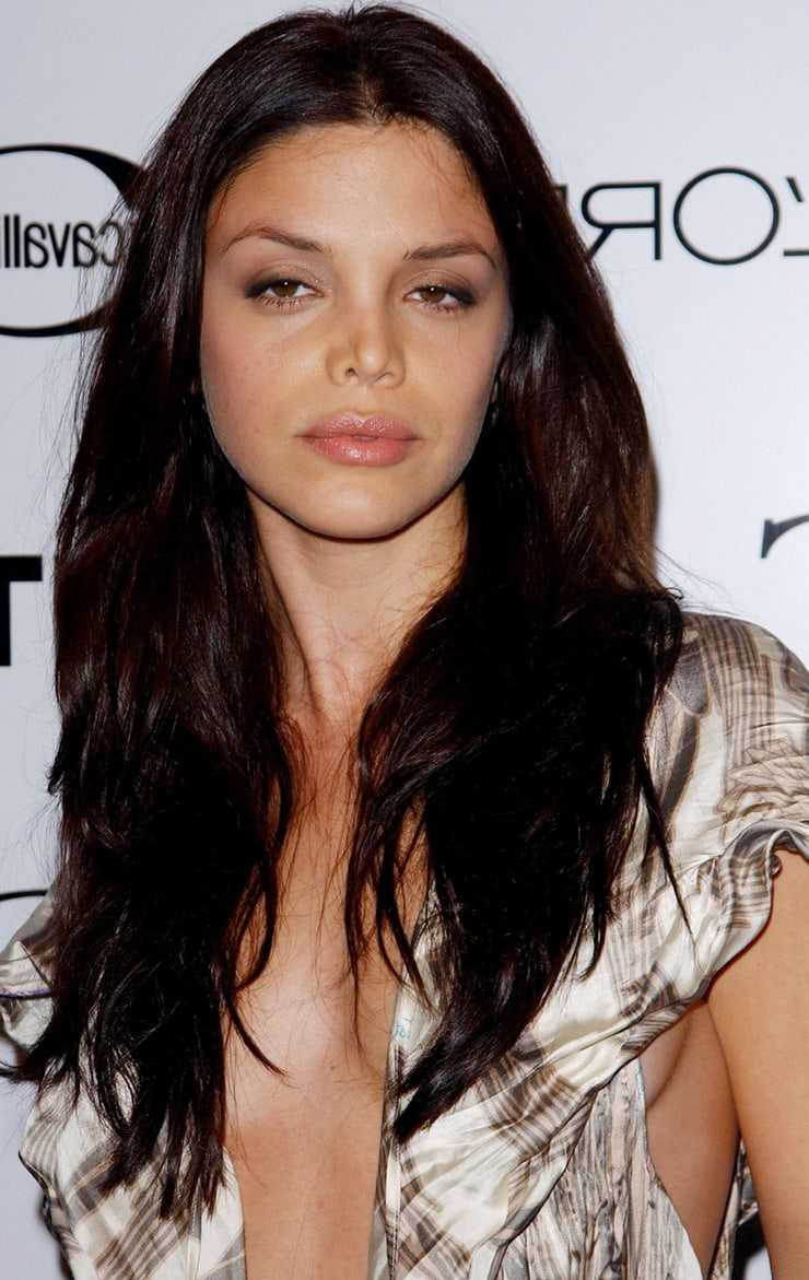 Vanessa Ferlito hot (2)