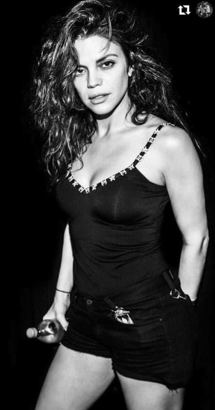 Vanessa Ferlito hot