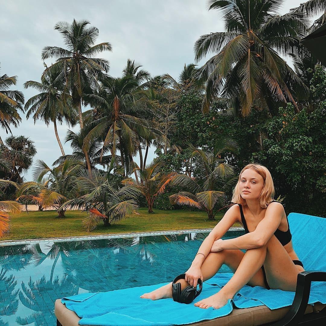 Zara Larsson hot pic