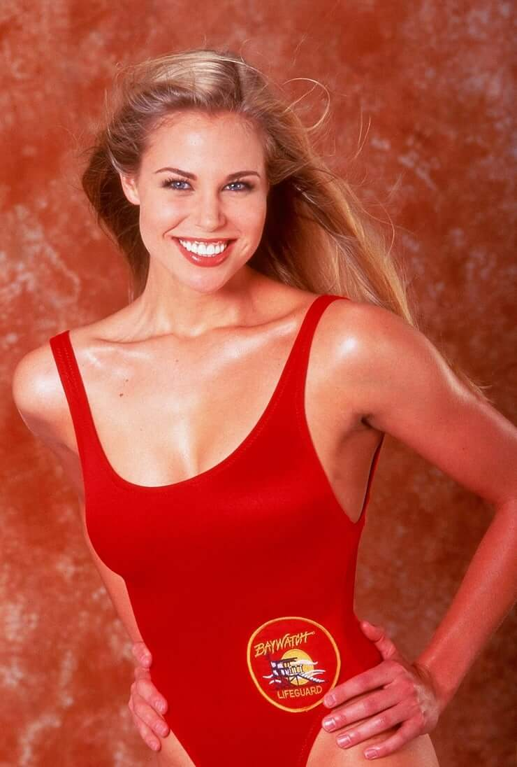 brooke burns sexy smile