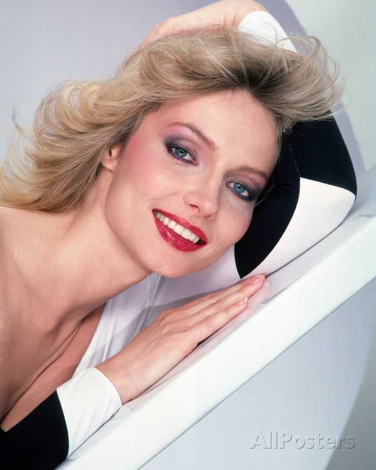 cindy morgan sexy look