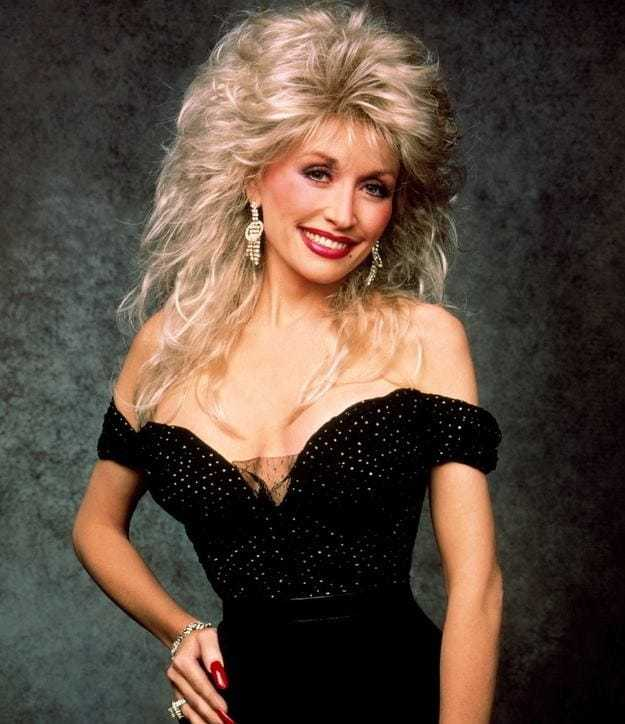 dolly parton cleavage