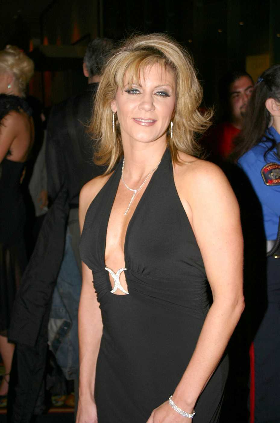 65 Ginger Lynn Allen Sexy Pictures That Proves She Is A Woman Of Substance - GEEKS ON COFFEE