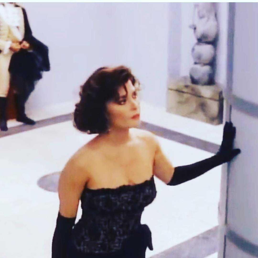 jane badler sexy look