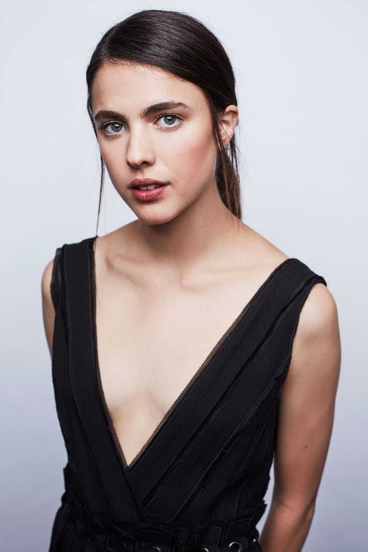 margaret qualley cleavage
