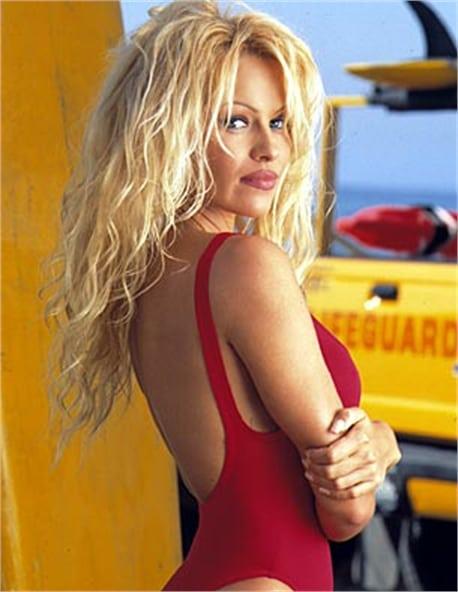 marliece-andrada-blonde-hair
