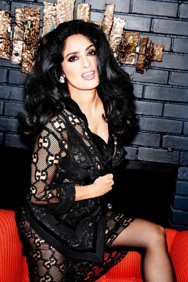 salma hayek sexy look